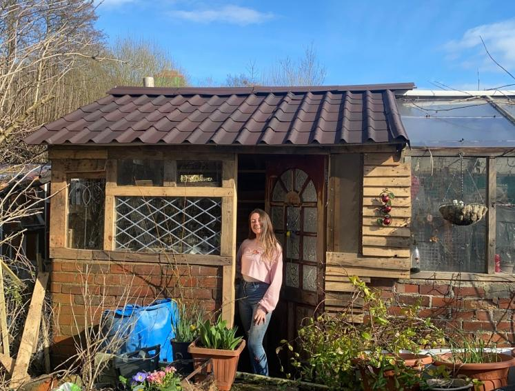 Shed on an allotment with new ONDUVILLA roofing sheets